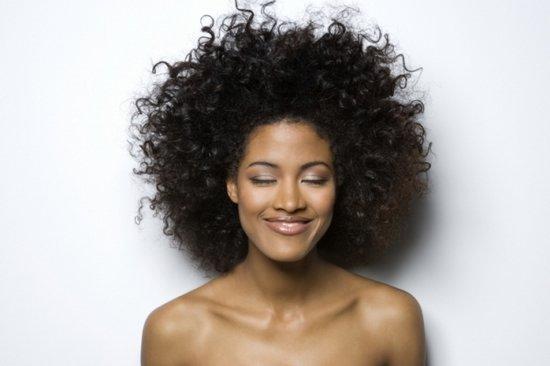 Разоблачаем 5 самых главных мифов о волосах