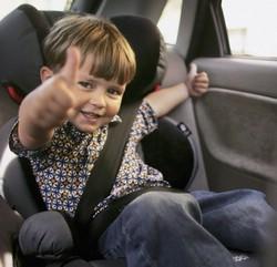 С мамой в машине – мама-водитель