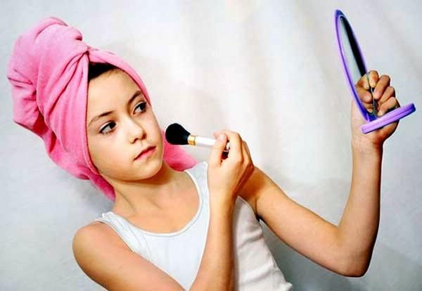 Подростковый макияж – как вы на это смотрите?