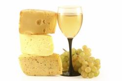 Гастрономический дуэт вина и сыра