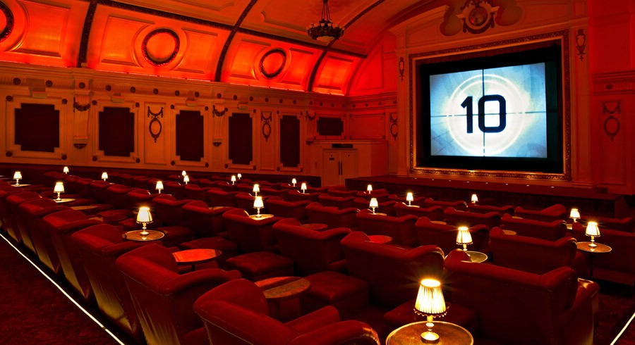 Недорогие билеты в кино позволяют организовать приятный досуг