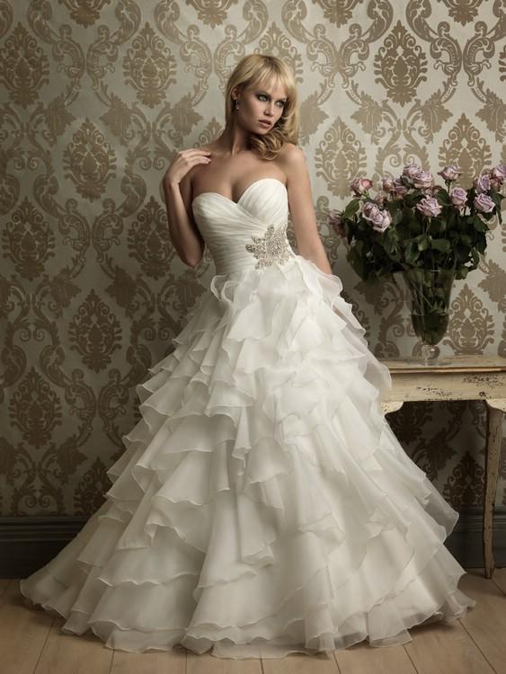 Какие свадебные платья в тренде
