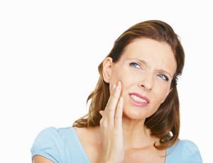 Как избавиться от повышенной чувствительности зубов
