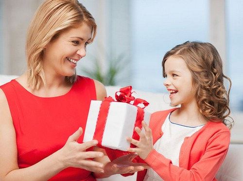 Как выбрать подарок для ребенка