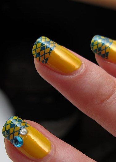 21 04 2011 маникюр и рисунки на ногтях