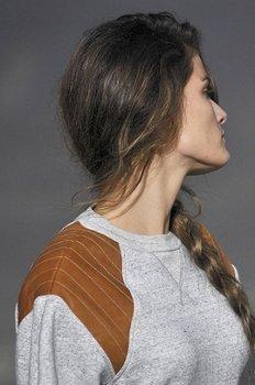 Подиумные прически с косами