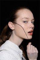 Минимальный макияж – новая тенденция сезона осень 2010