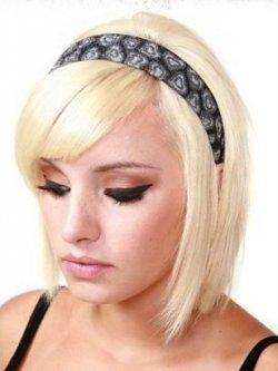 Прически в стиле эмо для светлых волос