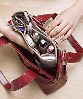 15 основных вещей, которые должны быть в дамской сумочке