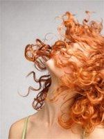 Как справиться с типичными зимними проблемами волос